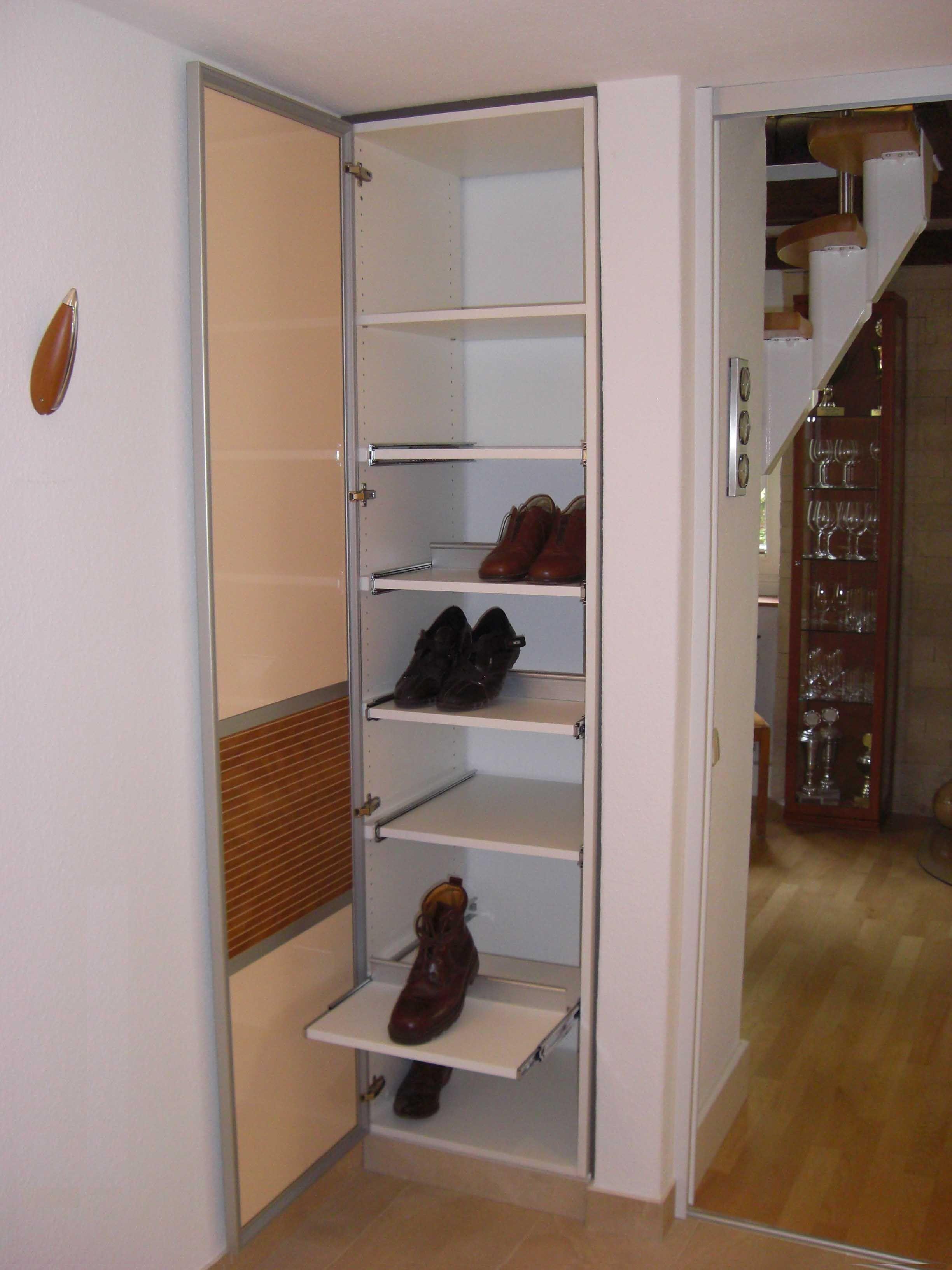design ideen und inspiration von schuhschrank designer. Black Bedroom Furniture Sets. Home Design Ideas